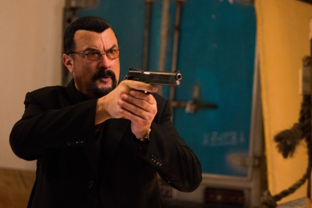 Steven-Seagal-as-Jake-Alexander-in-General-Commander